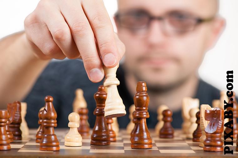 Preview 2015 12 16   jaroslaw kaczynski   szachy o