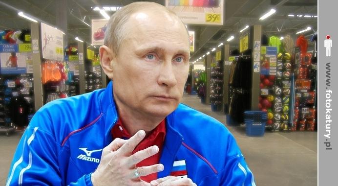 Putin pokazuje, że każdy ma sklep z zielonymi ludkami - Putiniada